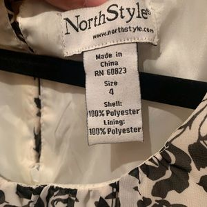 Black and White Rose NorthStyle Dress. SIZE 4